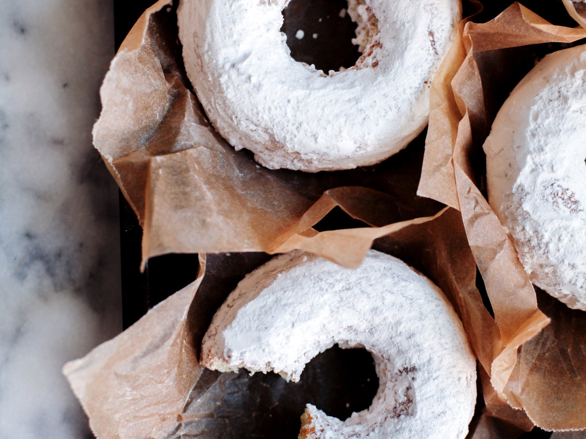 original-201309-r-gluten-free-powdered-cake-doughnuts.jpg