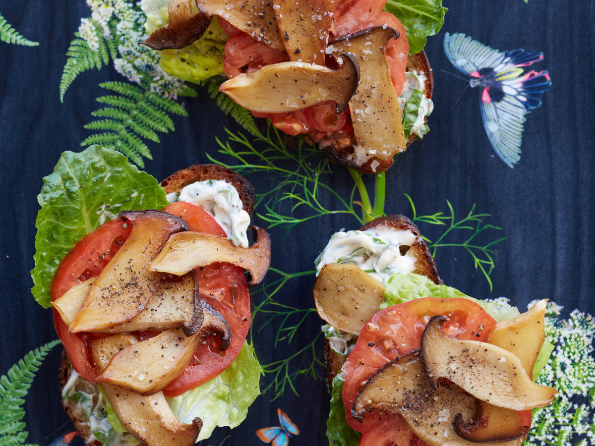 original-201308-r-king-oyster-mushroom-blt-with-basil-mayonnaise.jpg