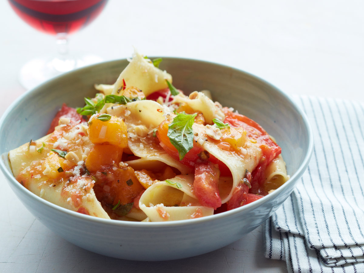 Pappardelle with Tomatoes, Almonds and Parmesan Recipe ...