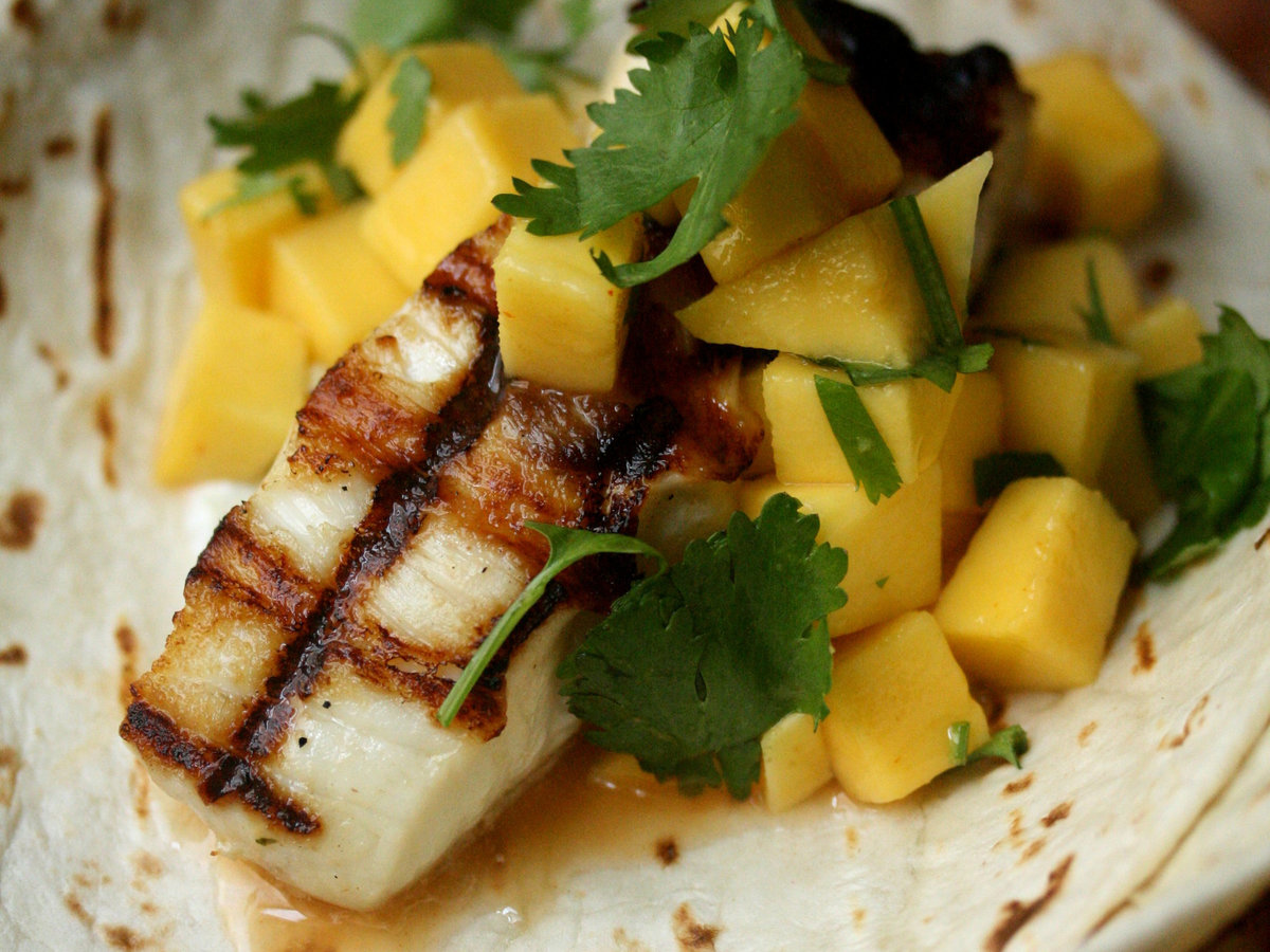 original-201310-r-grilled-fish-tacos-with-mango-salad.jpg