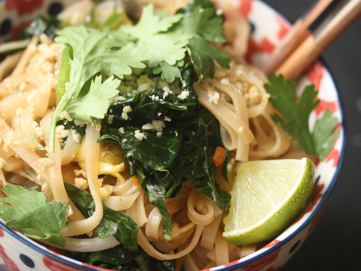 original-201310-r-pad-thai-with-kale.jpg