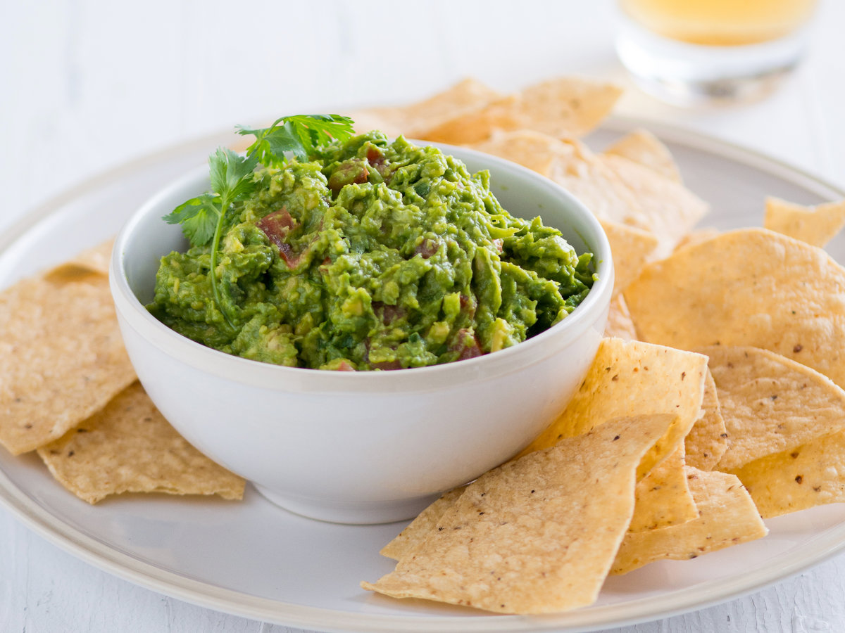 original-201310-r-easy-guacamole-recipe.jpg