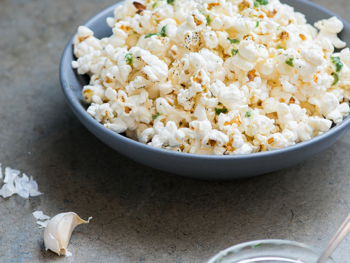 original-201310-r-garlic-parsley-butter-popcorn.jpg