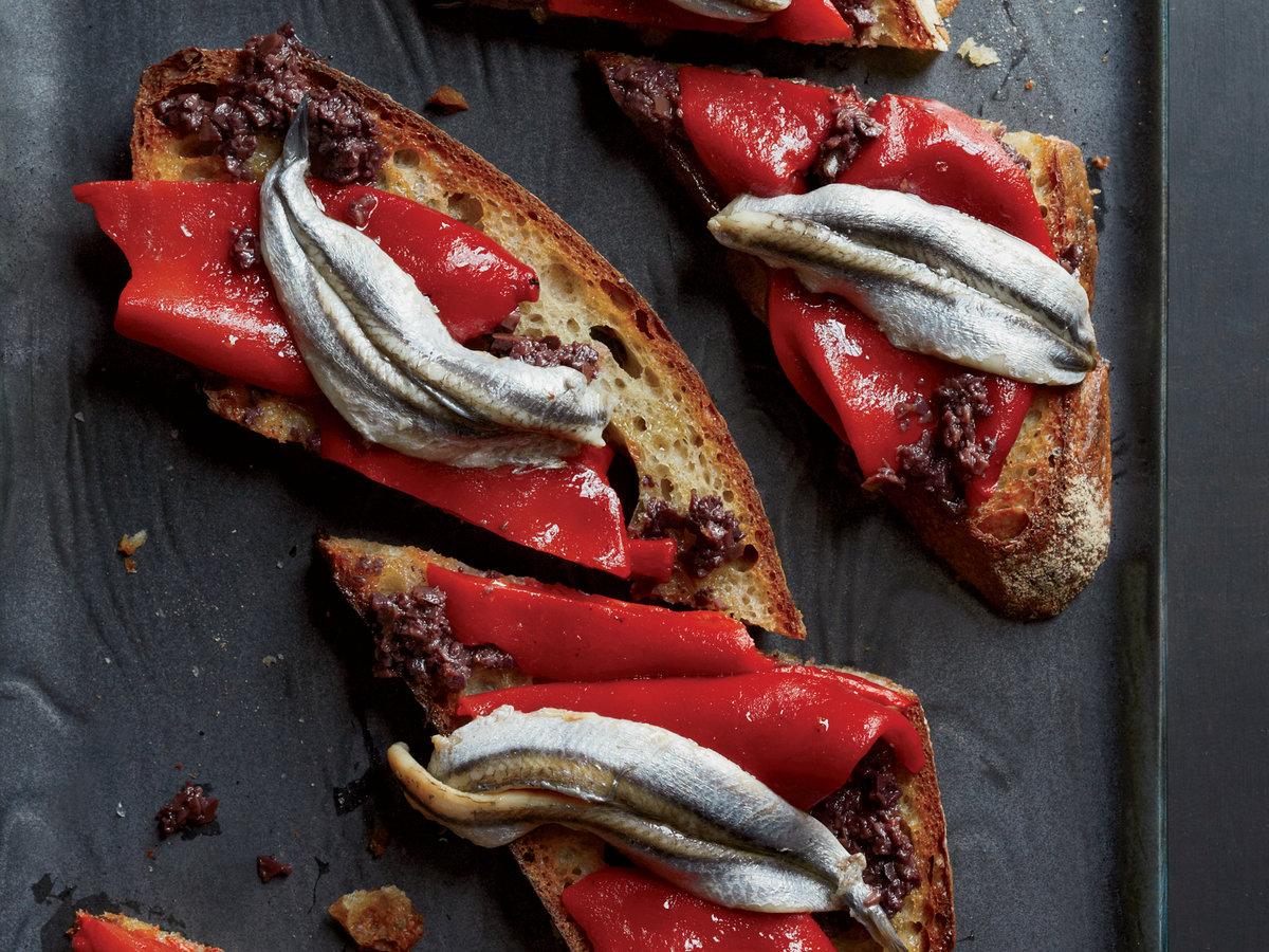 original-201310-r-piquillo-pepper-and-white-anchovy-toasts.jpg