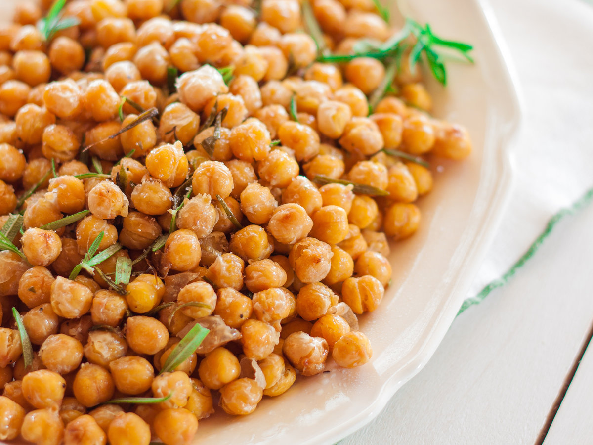 original-201311-r-crunchy-chickpeas-with-rosmeary-and-olive-oil.jpg