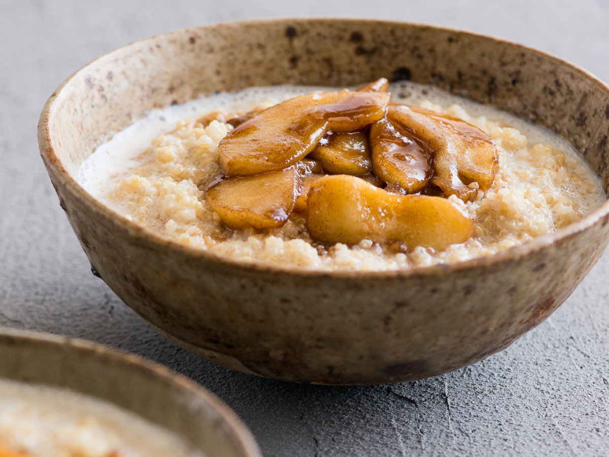 original-201311-a-apple-cinnamon-quinoa-breakfast.jpg