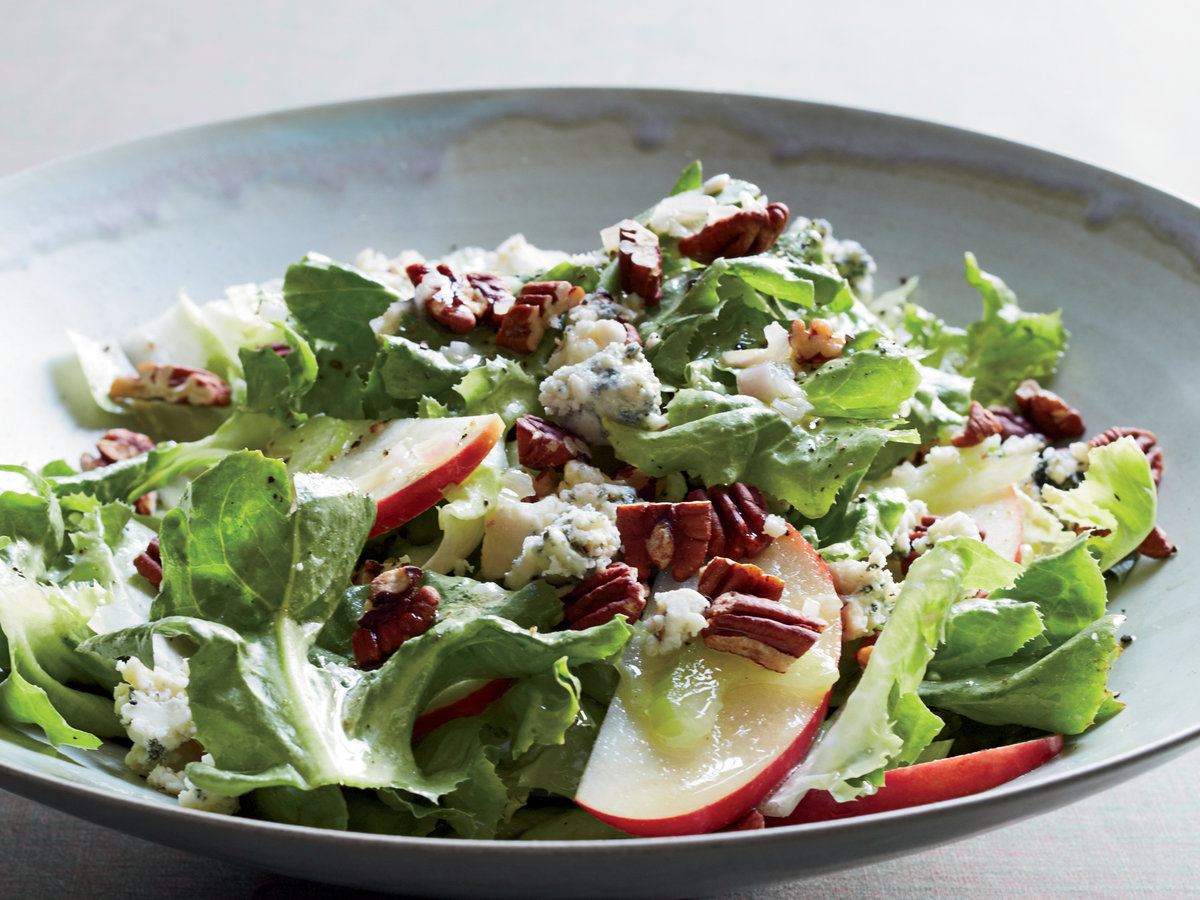 original-201311-r-escarole-salad-with-apples-blue-cheese-and-pecans.jpg