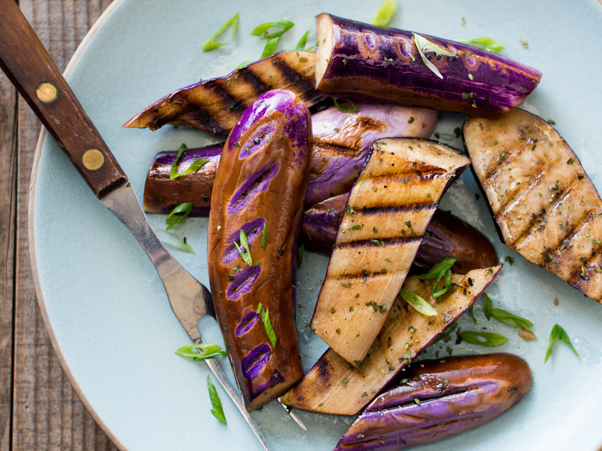 original-201311-r-garlic-herb-grilled-eggplant.jpg