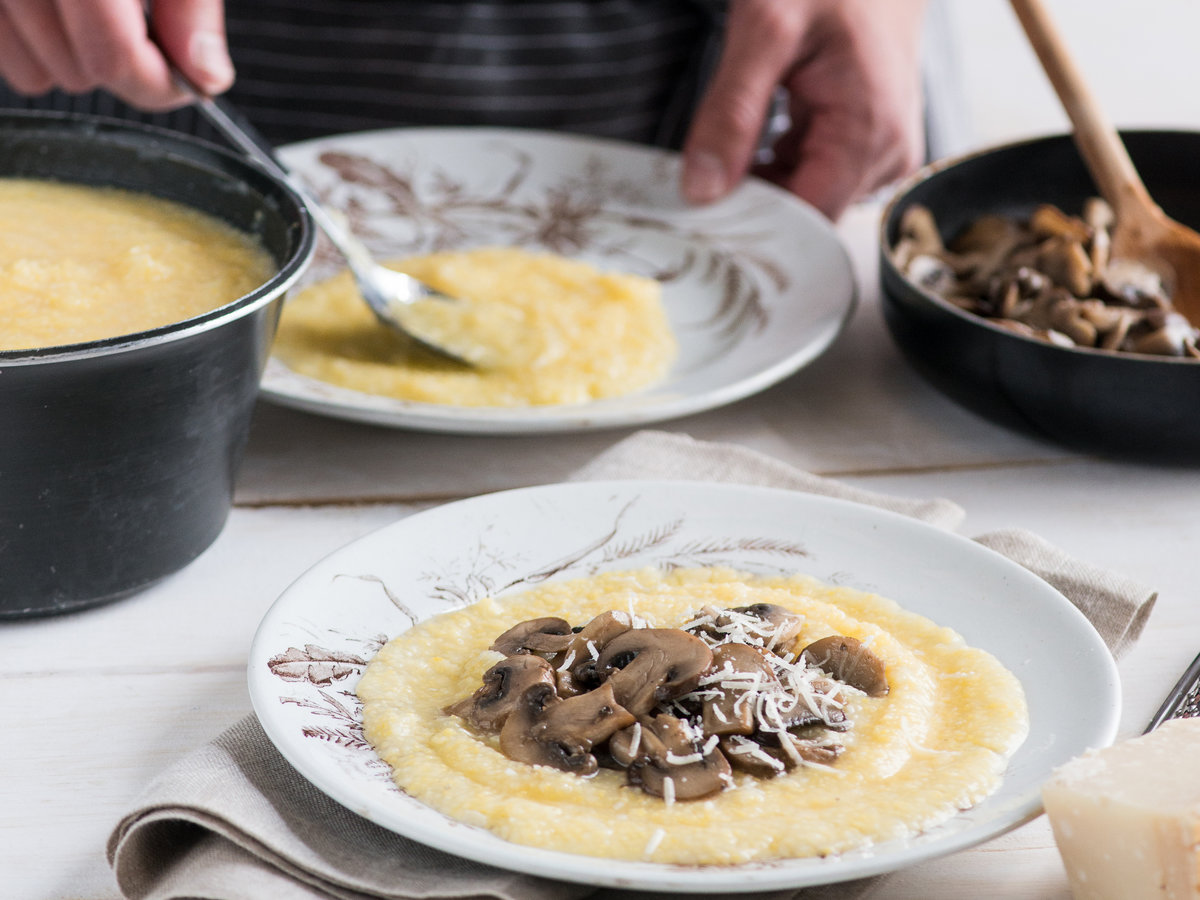 recipe-201311-hd-mushroom-medley-on-polenta.jpg