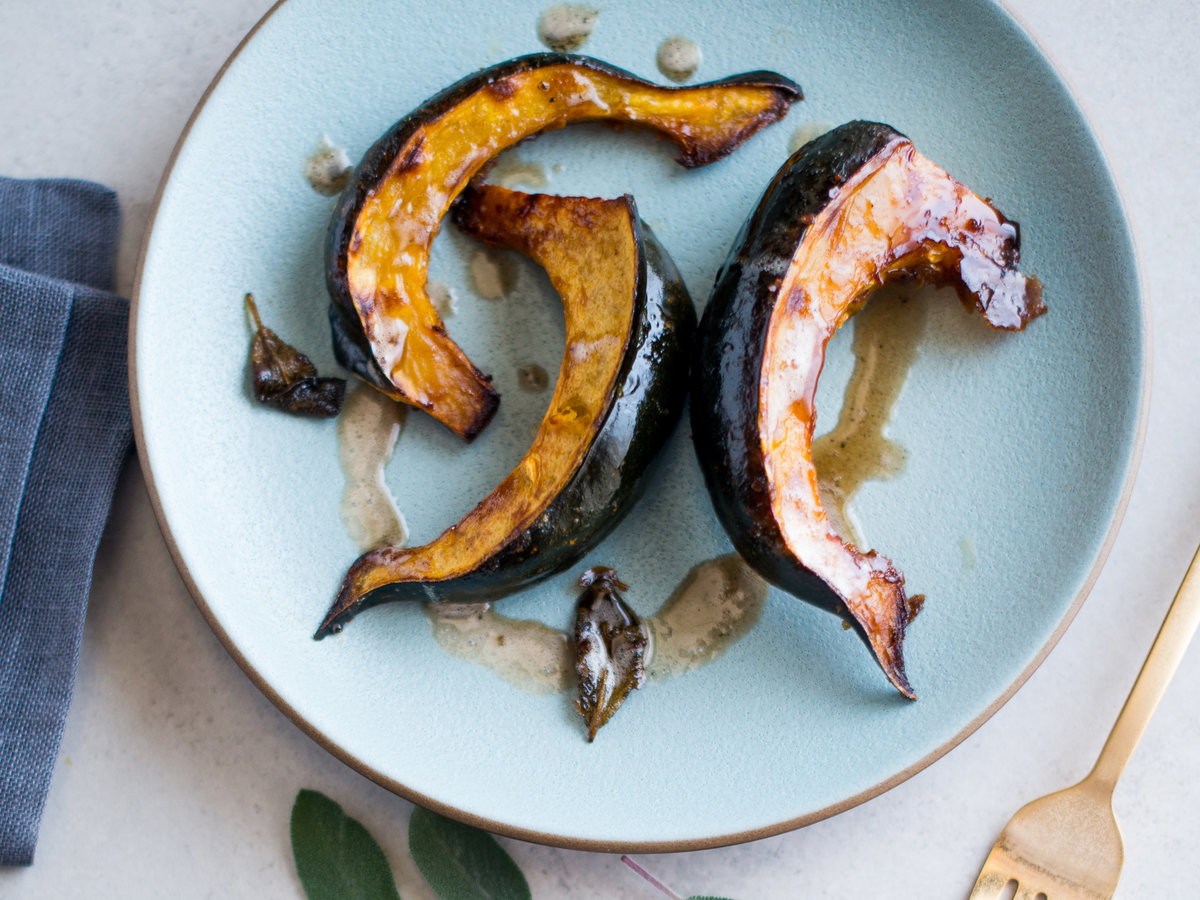 original-201311-r-roasted-acorn-squash-with-sage-brown-butter.jpg