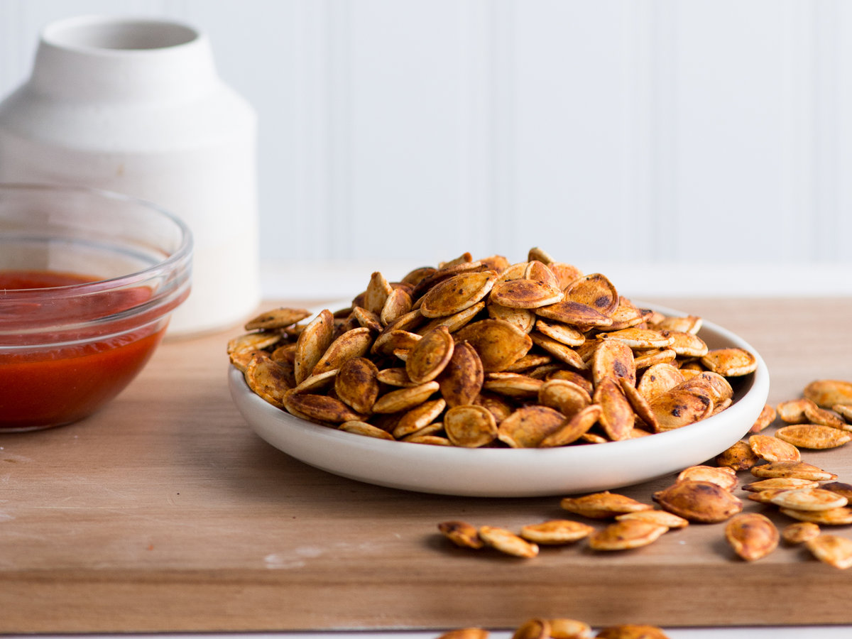 original-201311-r-sriracha-roasted-pumpkin-seeds.jpg