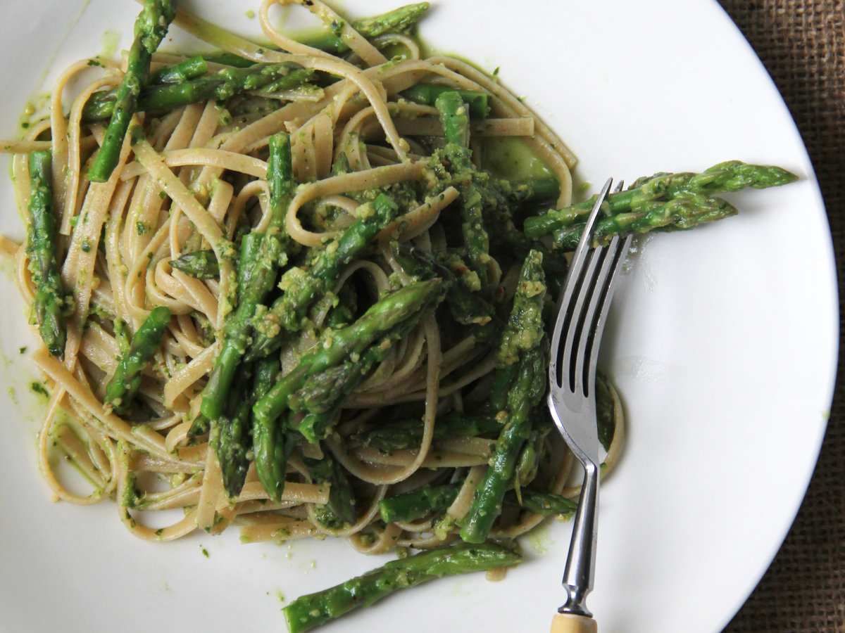 HD-201405-r-asparagus-pesto-with-whole-wheat-pasta.jpg