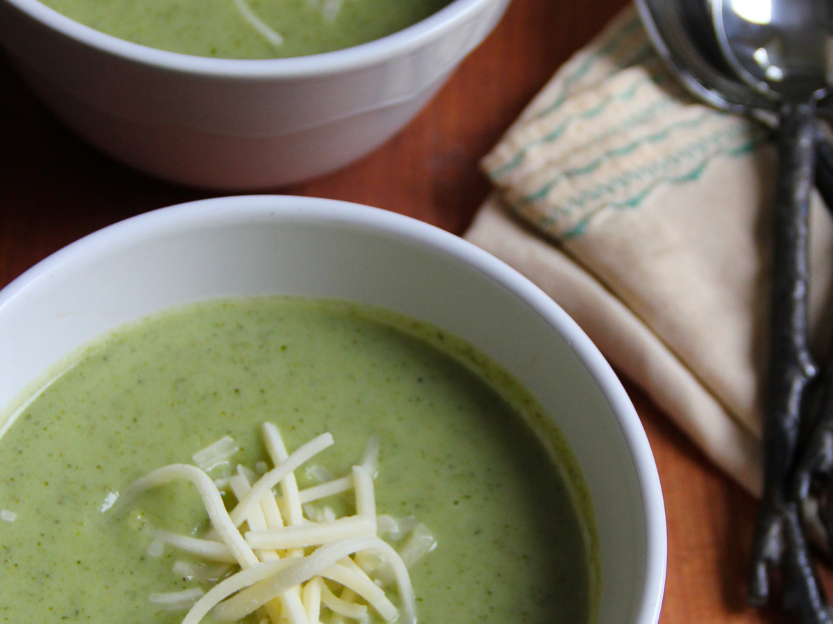 original-201404-r-broccoli-cheddar-soup.jpg