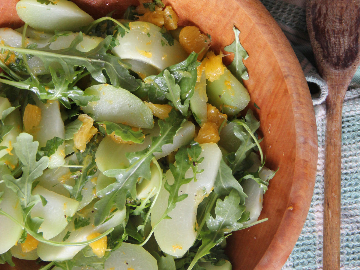 201404-r-chayote-orange-salad.jpg