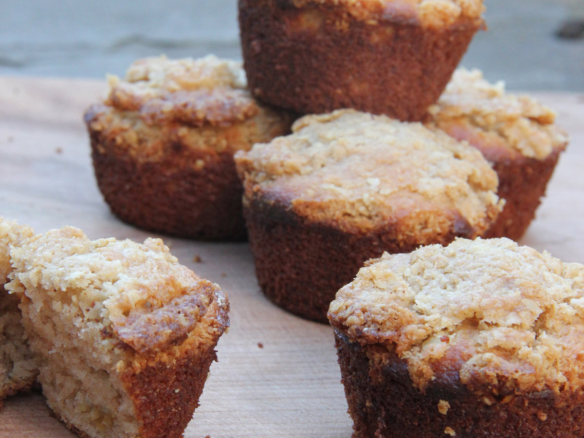 original-201404-r-cinnamon-raisin-almond-flour-muffins.jpg