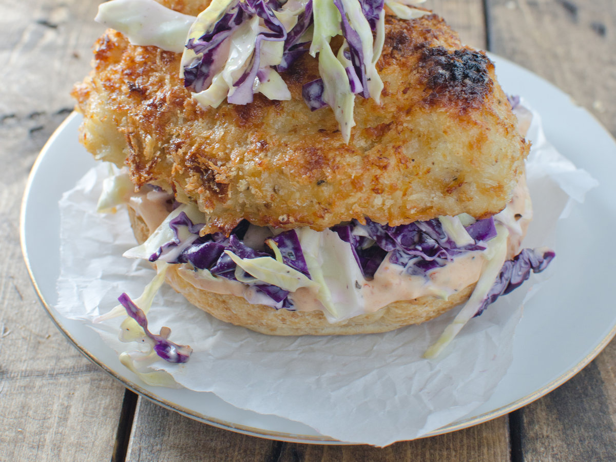 201404-r-crispy-chicken-burger-with-coleslaw-and-chipotle-mayo.jpg