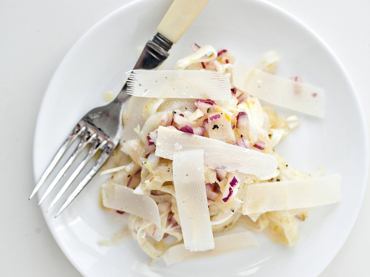 original-201204-r-fennel-and-red-onion-salad-with-parmesan.jpg