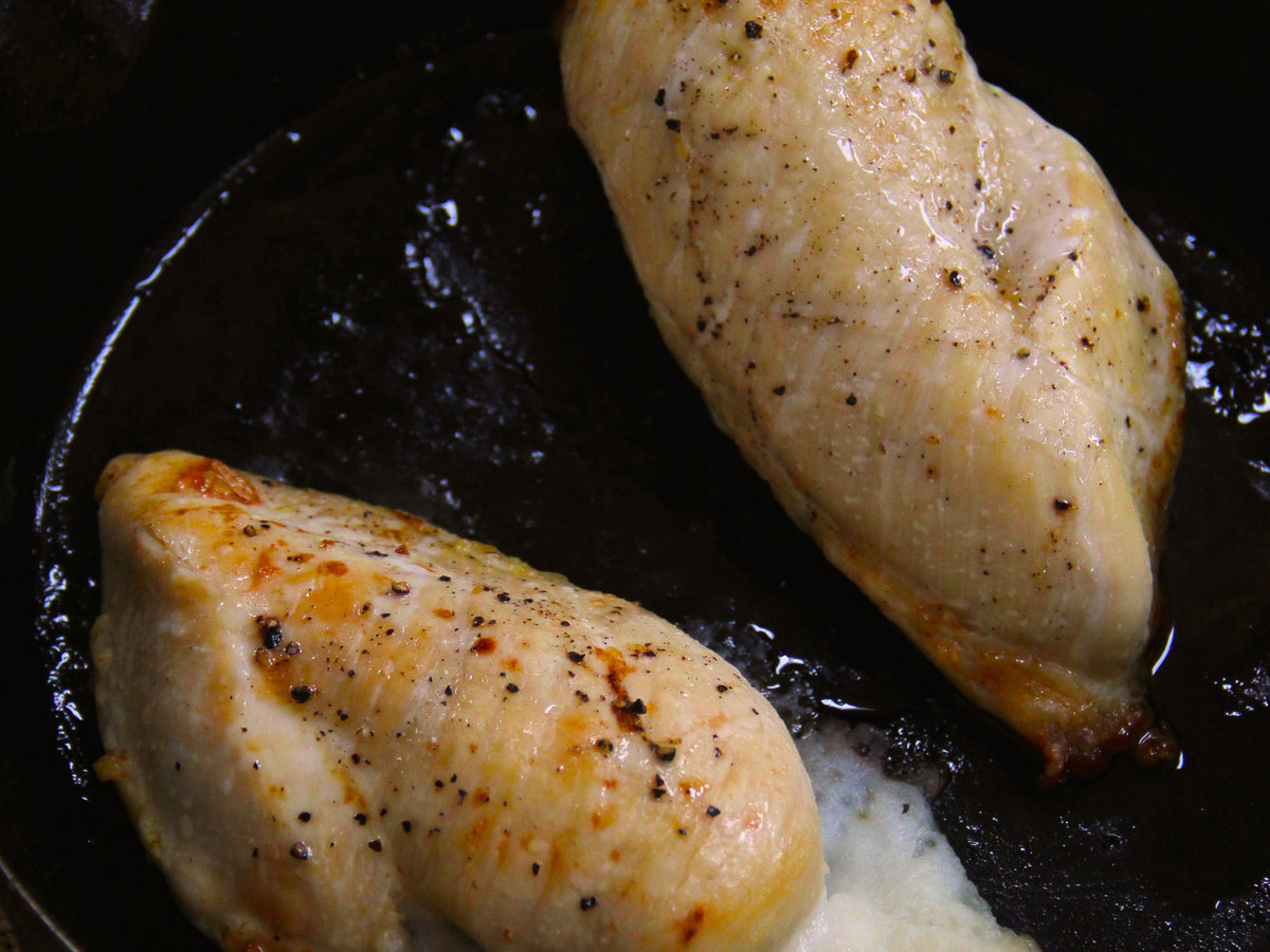201405-r-mashed-potato-stuffed-chicken.jpg