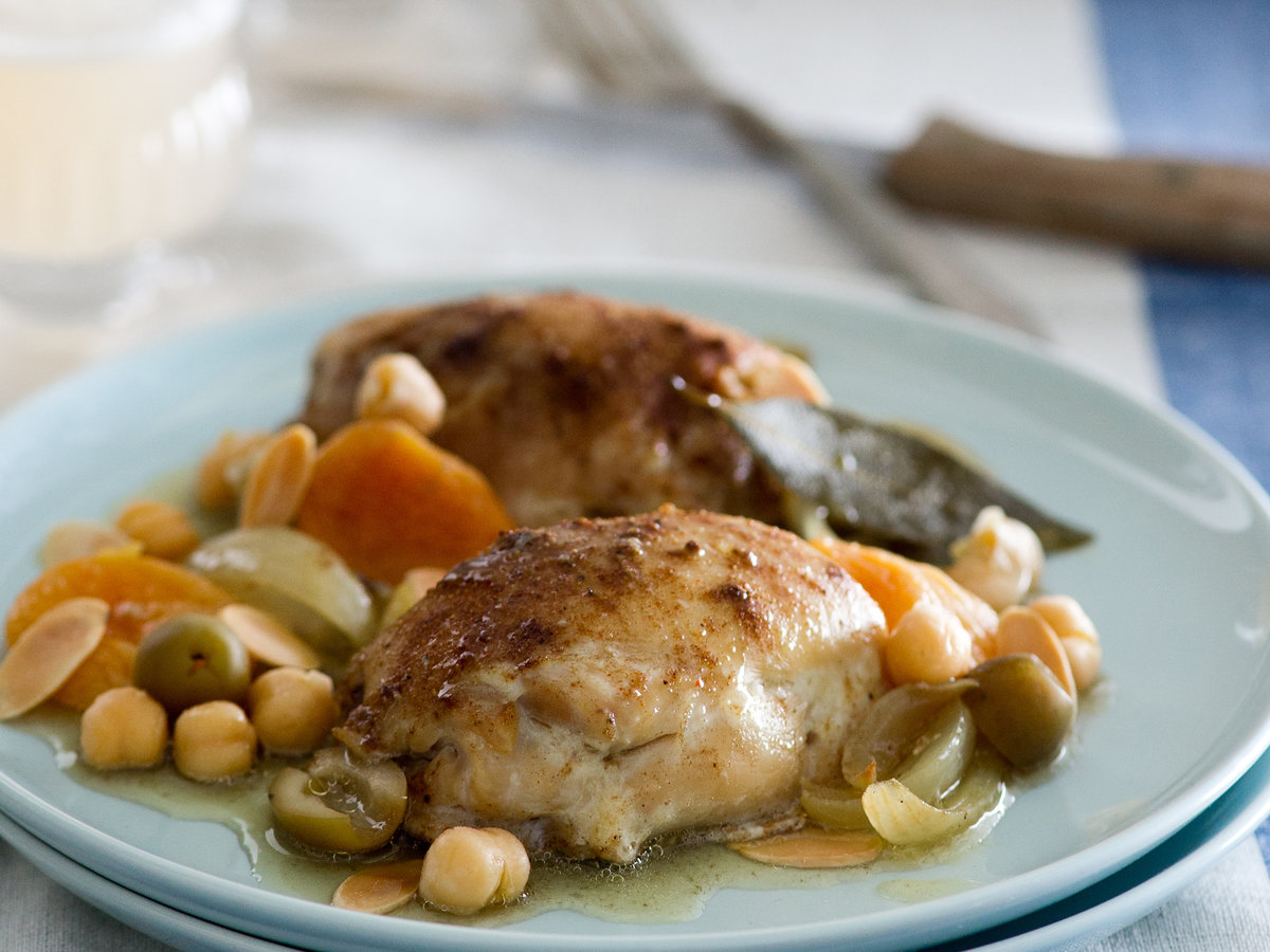 original-201204-r-slow-cooker-moroccan-chicken-with-apricots-olive-almonds.jpg.jpg