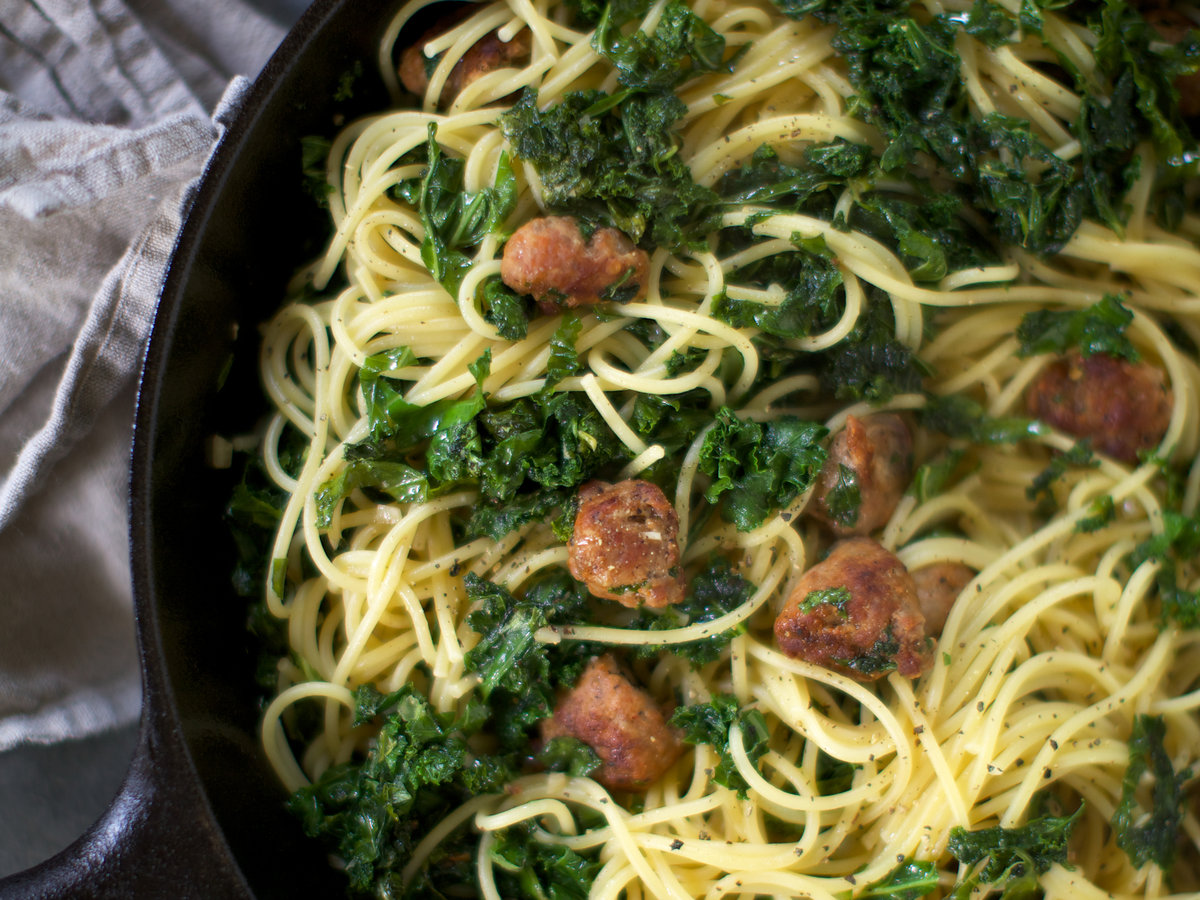 201408-r-spaghetti-with-kale-and-spicy-sausage.jpg