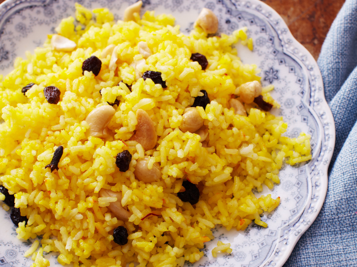 original-201401-r-saffron-rice-with-cashews-and-raisins2014-r-saffron-rice-with-cashews-and-raisins.jpg