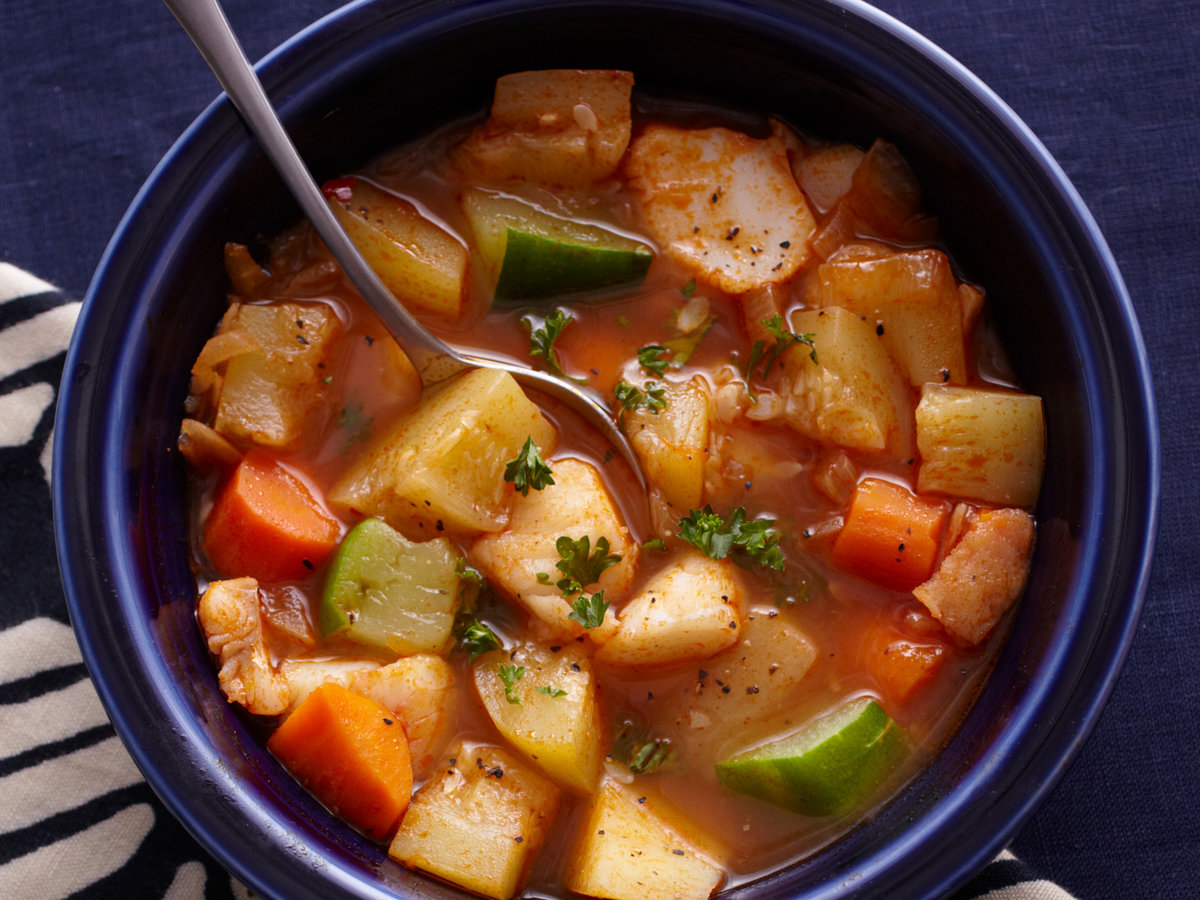 original-201401-r-tunisian-fish-and-vegetable-stew2014-r-tunisian-fish-and-vegetable-stew.jpg