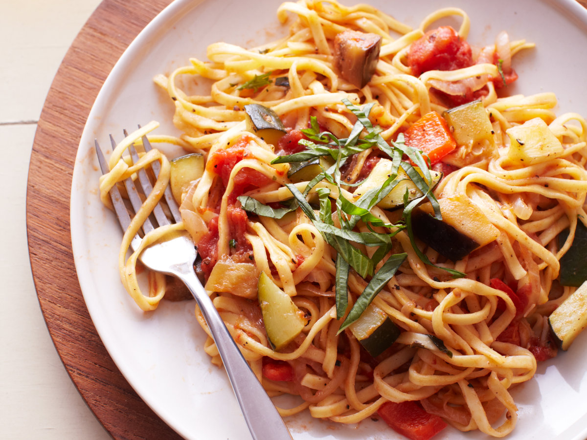 original-201401-r-linguine-with-ratatouille-sauce2014-r-linguine-with-ratatouille-sauce.jpg