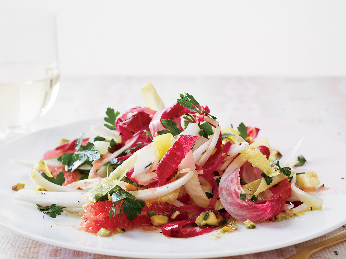 201404-r-endive-and-grapefruit-salad-with-pistachio-vinaigrette.jpg