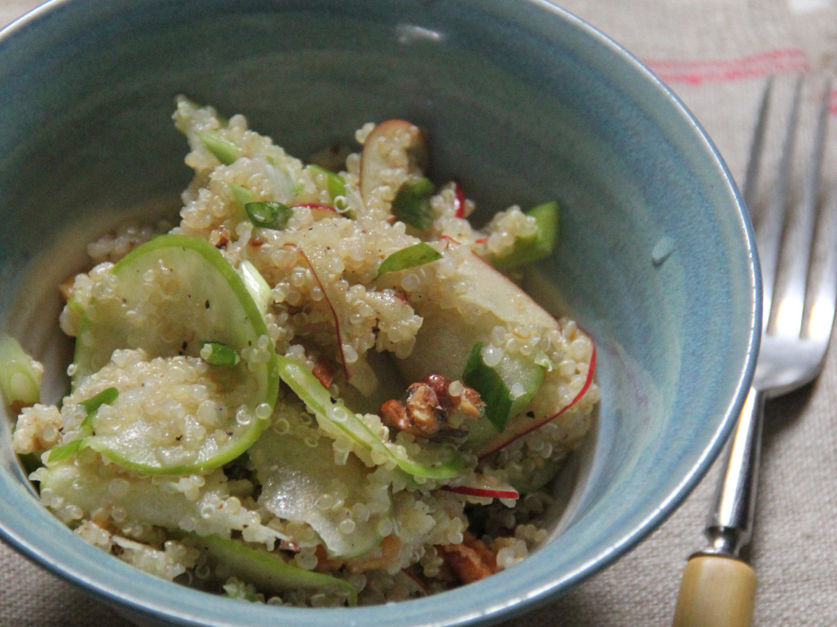 original-201405-r-apple-walnut-and-quinoa-salad.jpg