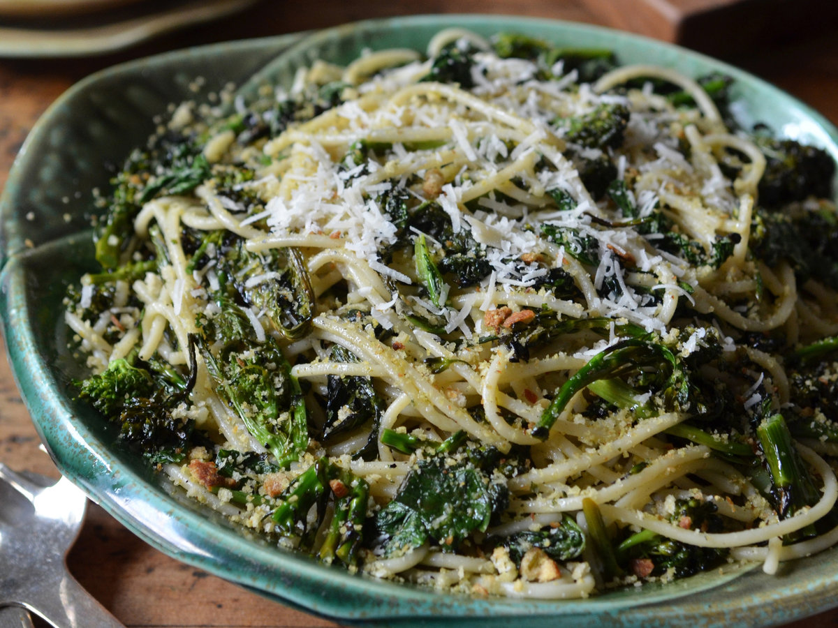 original-201406-r-Charred-Broccoli-Rabe-with-Chitarra-and-Lemony-Bread-Crumbs.jpg