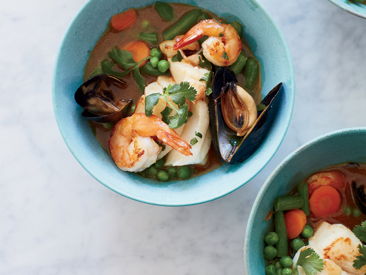original-201407-r-red-coconut-curry-with-seafood-and-mixed-vegetables.jpg
