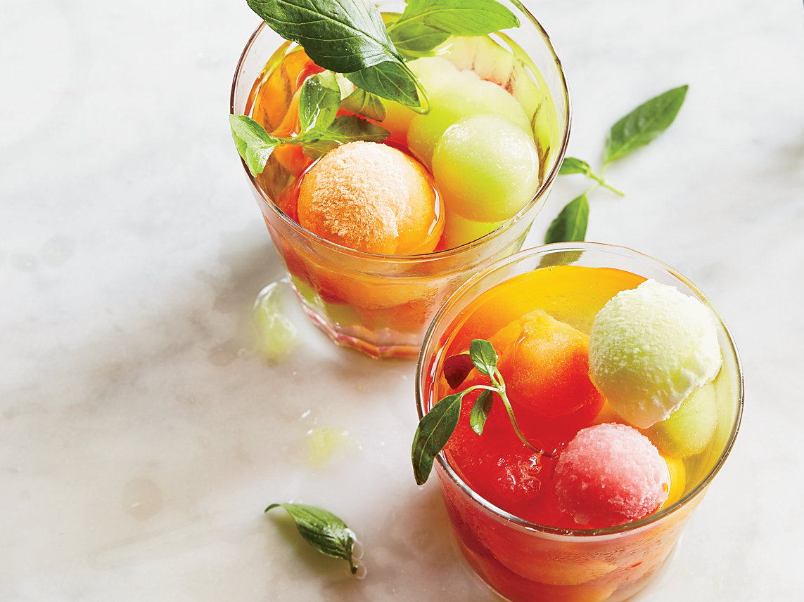 original-201410-r-wine-punch-with-melon-ice-cubes.jpg