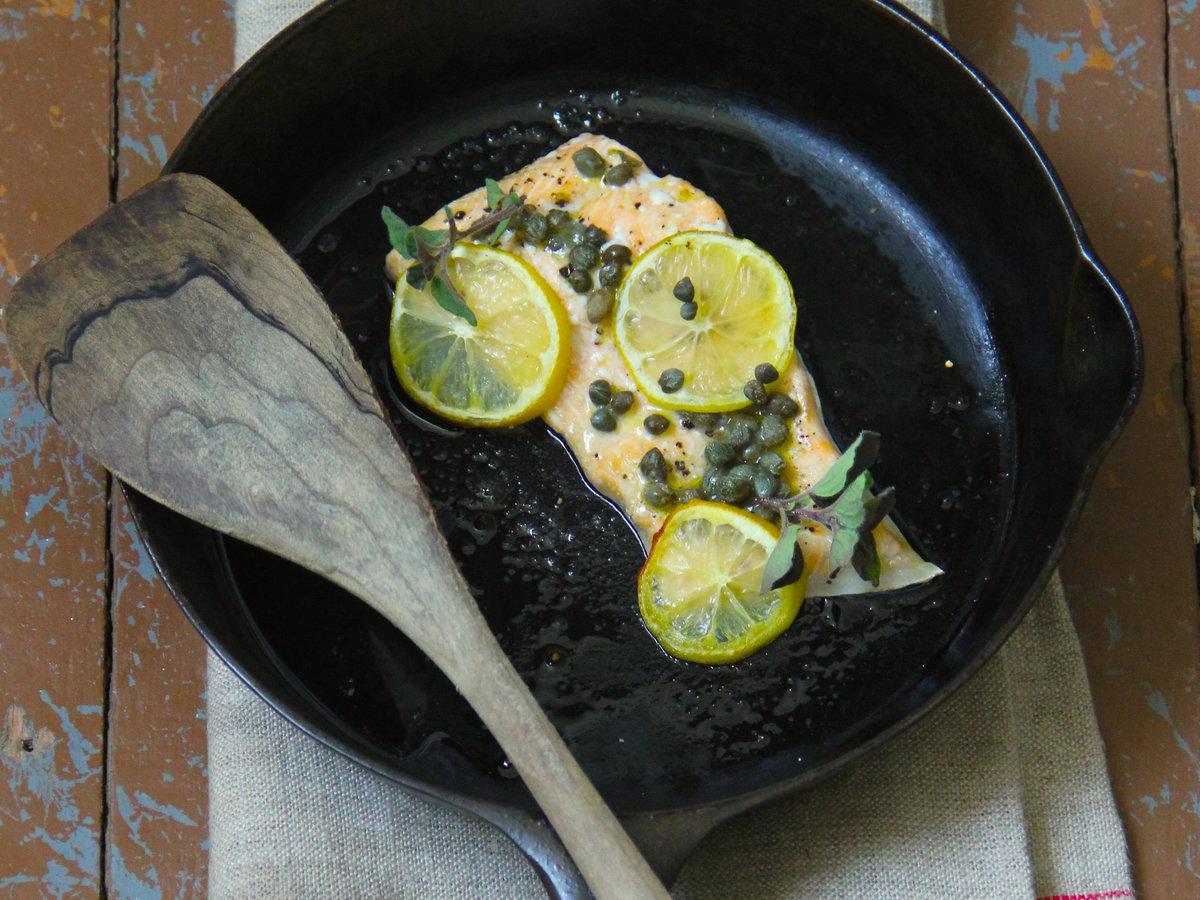 201503-r-caper-and-lemon-baked-salmon.jpg