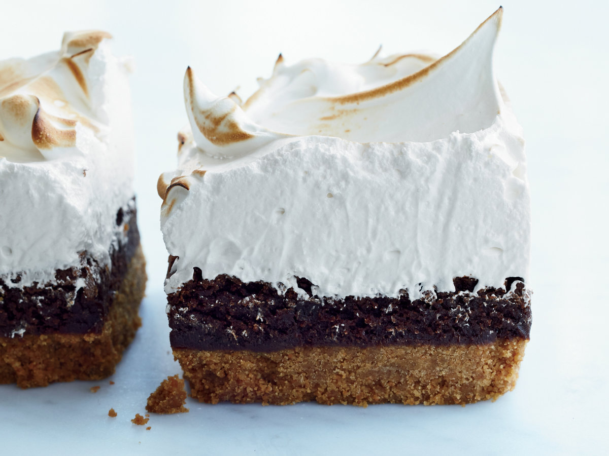 original-201504-r-smores-bars-with-marshmallow-meringue.jpg