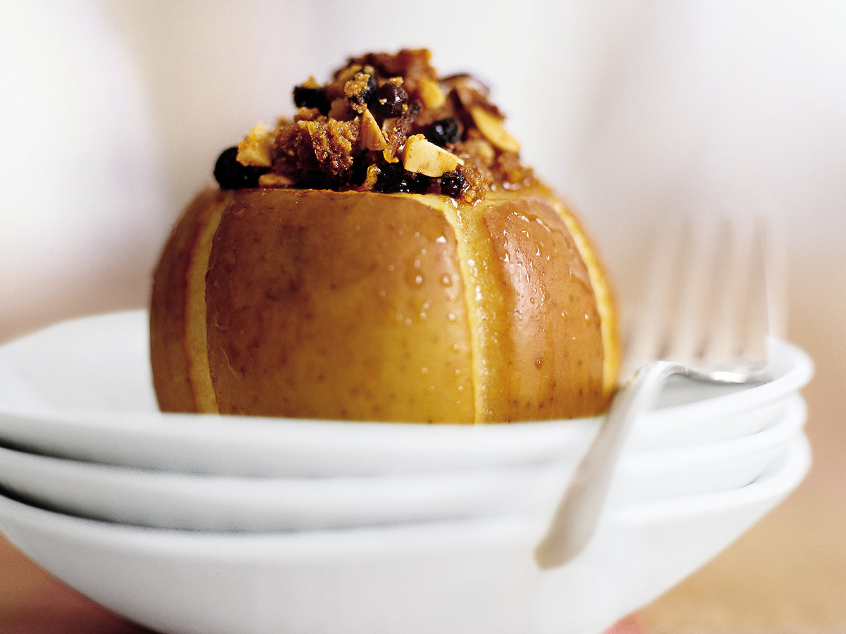 Baked Almond-Stuffed Apples