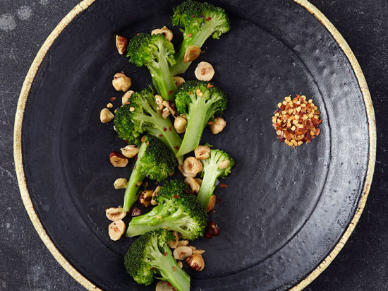 original-201203-r-blogger-twice-cooked-broccoli-with-hazelnuts-and-garlic.jpg