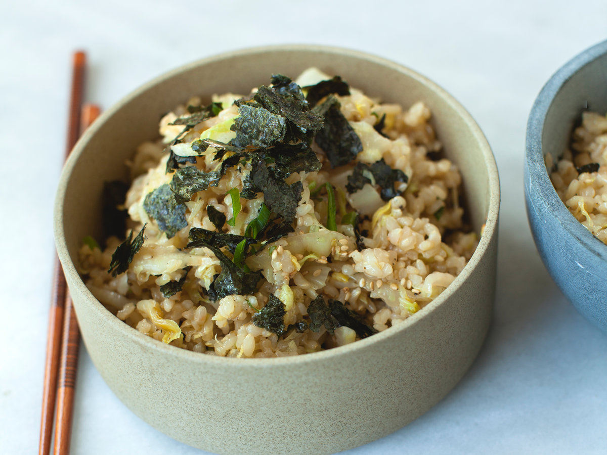 Stir-Fried Brown Rice and Cabbage with Toasted Nori