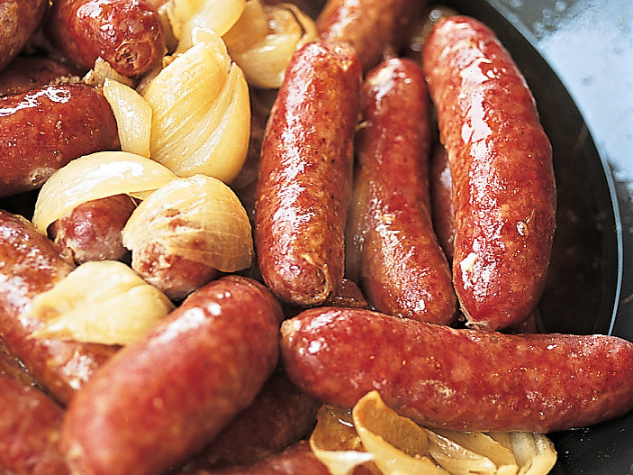 Golden Sausages and Shallots in White Wine
