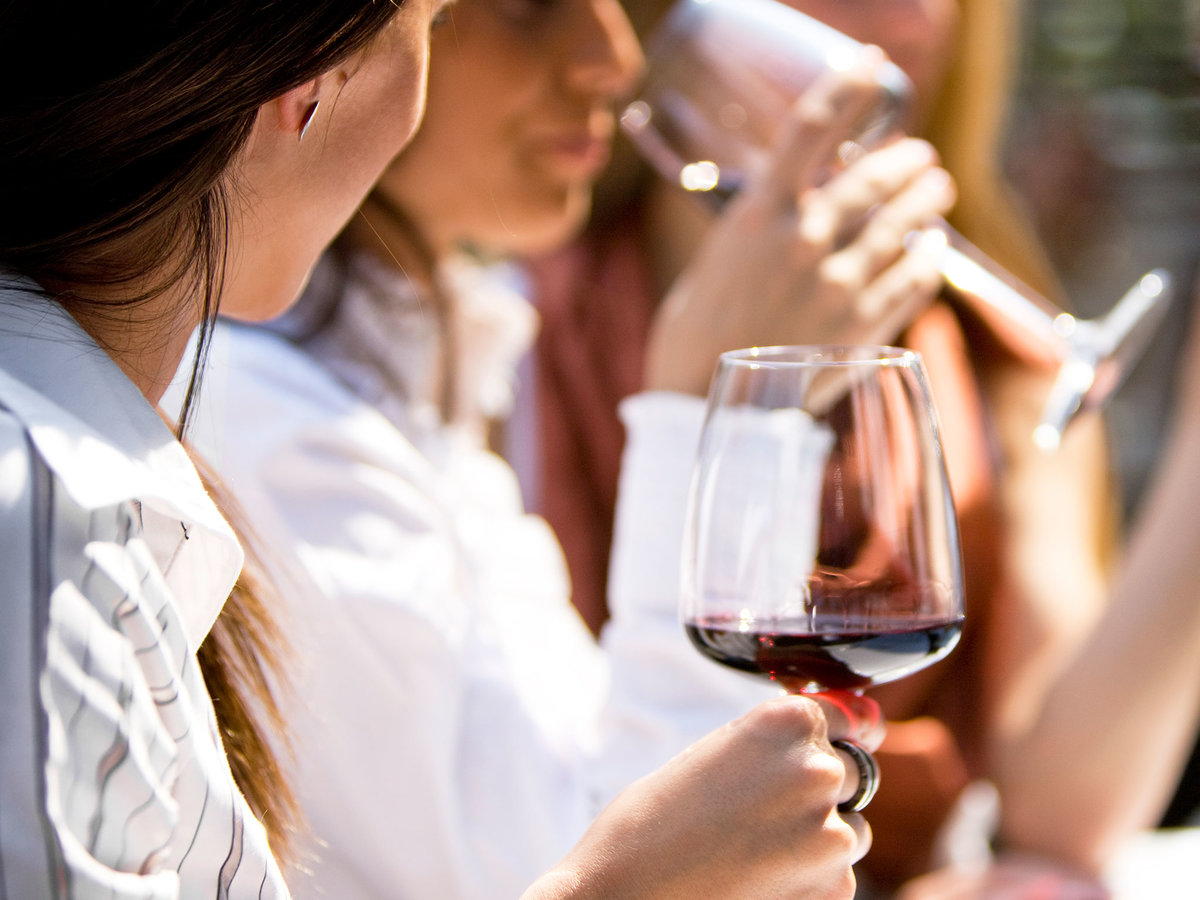 A Glass of Red Wine Can Help Keep Your Brain 7.5 Years Sharper