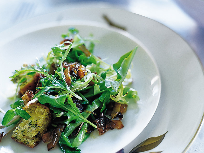 Mesclun Salad with Onion-Ginger Dressing