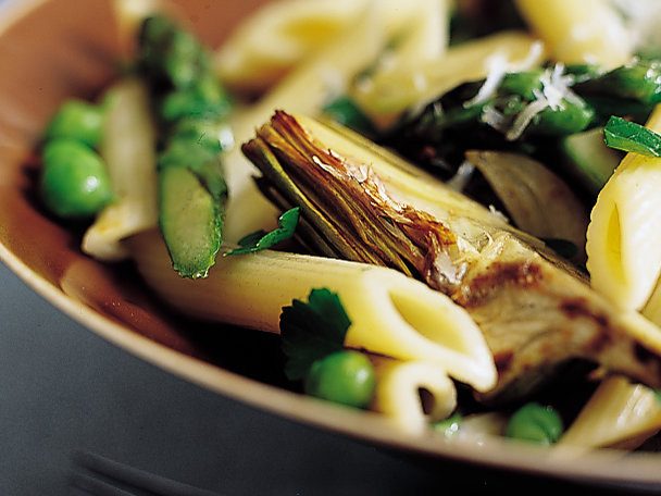 Penne with Asparagus and Artichokes