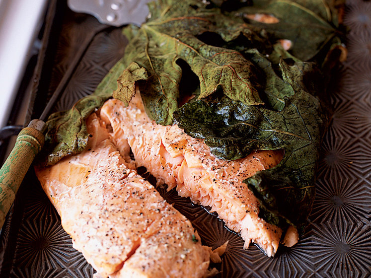 Salmon Fillet Baked in Fig Leaves with Garlicky Potatoes