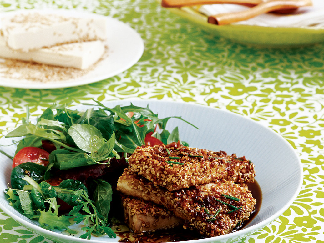 Sesame-Crusted Tofu Salad with Citrus Vinaigrette
