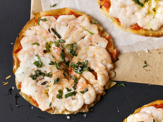 original-201305-r-shrimp-tomato-and-basil-pizzas.jpg