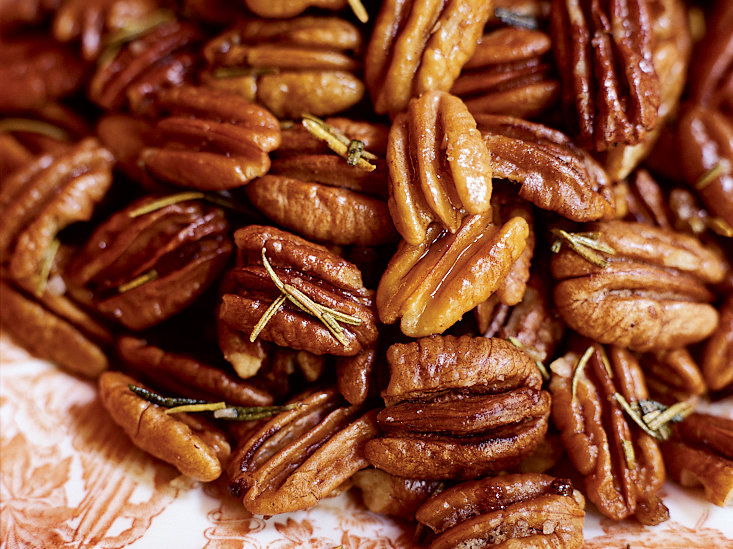 Toasted Rosemary Pecans