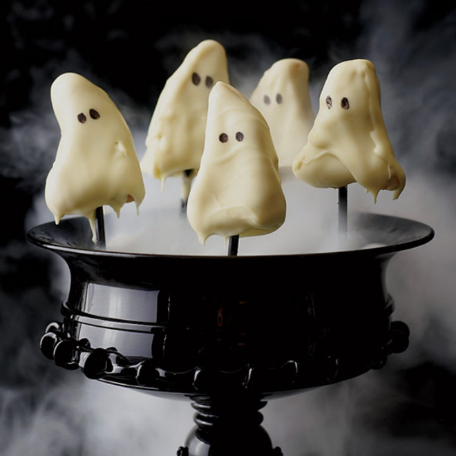 Food & Wine: 6 Classic Horror Films Paired With 6 Spooky Snacks