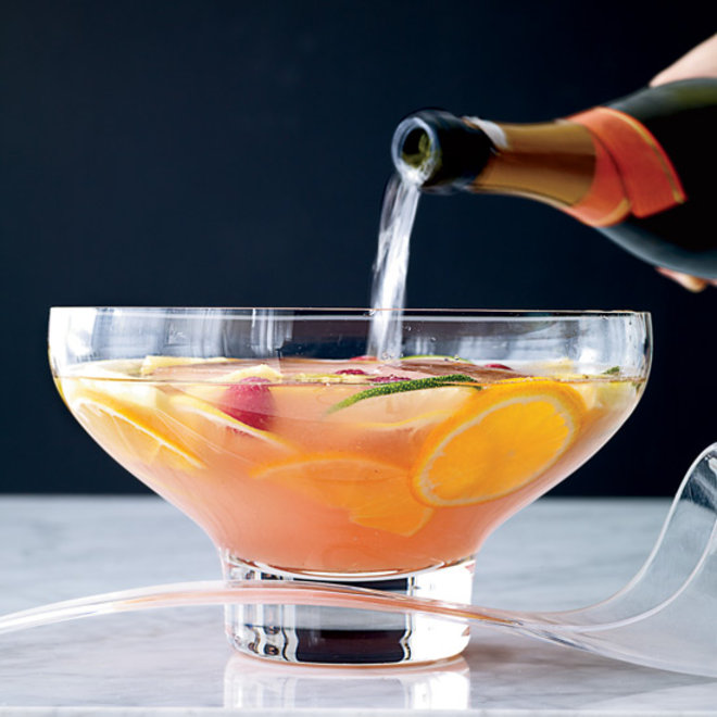 Food & Wine: 7 Oscar-Worthy Cocktails for a Crowd