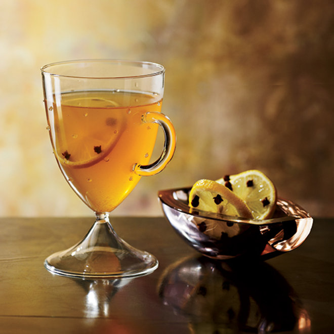Food & Wine: 5 Awesome Cocktails for Epic Cozy Scenarios