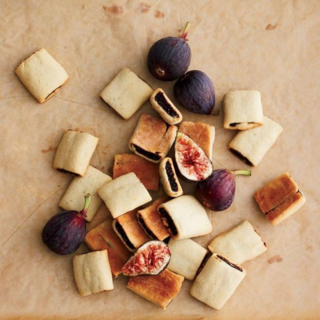 Food & Wine: 10 Upgraded Snacks for a Road Trip