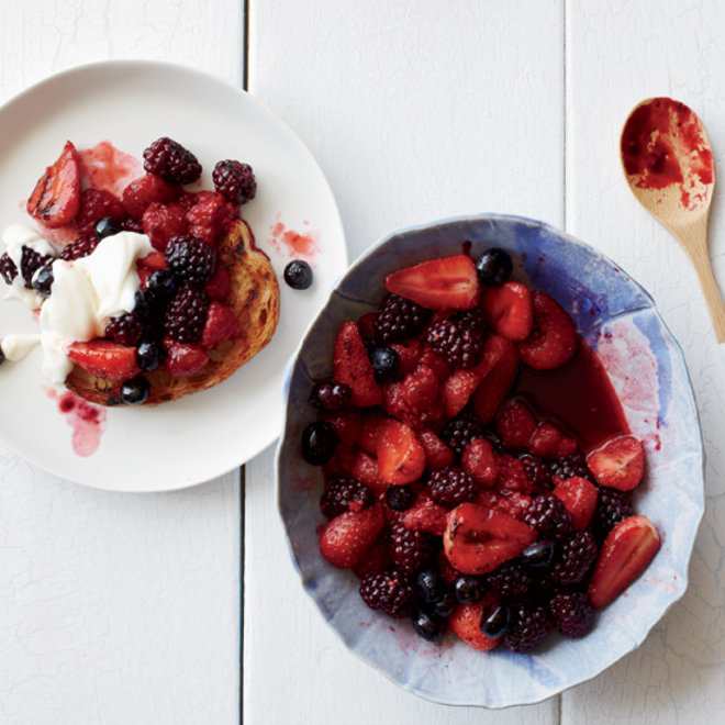 Food & Wine: 5 Fast Fruit Desserts You Should Definitely Grill Right Now